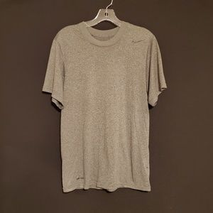 🍁Nike Dry-Fit Gray T shirt Size S